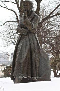 Riverside Park Statue Eleanor Rroosevelt-